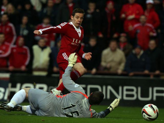 Peter Pawlett scores Aberdeen's second goal