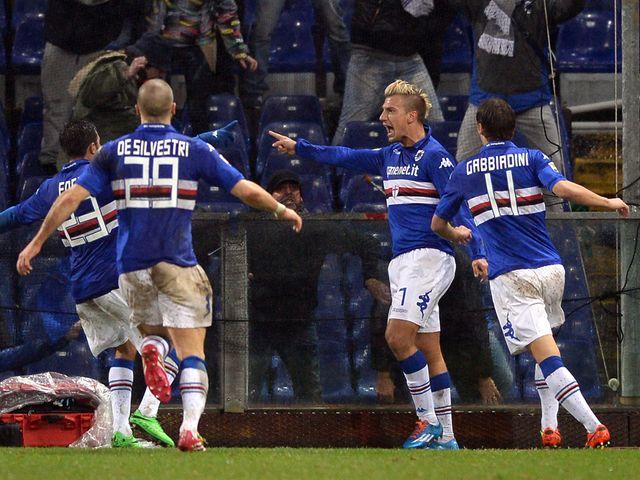 Maxi Lopez celebrates his winning goal