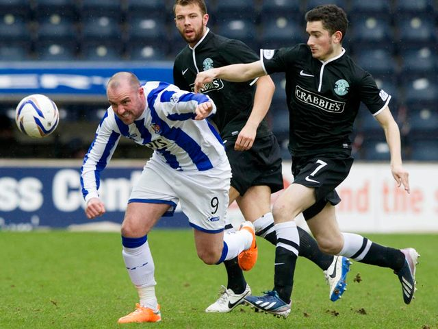 Kris Boyd gets away from Alex Harris