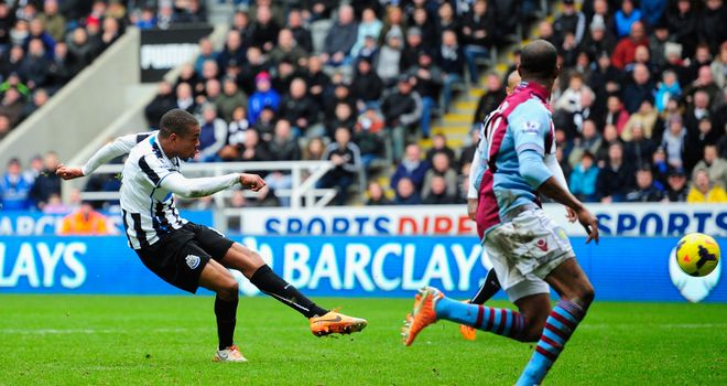 Loic Remy's last gasp effort ended a miserable run of results for Alan Pardew's side