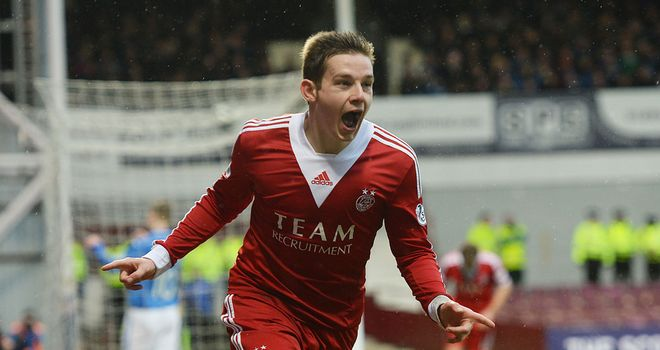 Peter Pawlett: Backed by Alex Smith to cause problems for Celtic