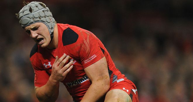 Jonathan Davies sustains his injury at the Millennium Stadium last autumn