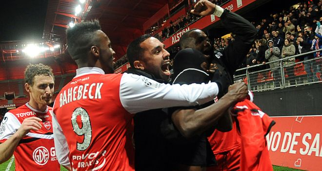 Valenciennes celebrate their late winning goal
