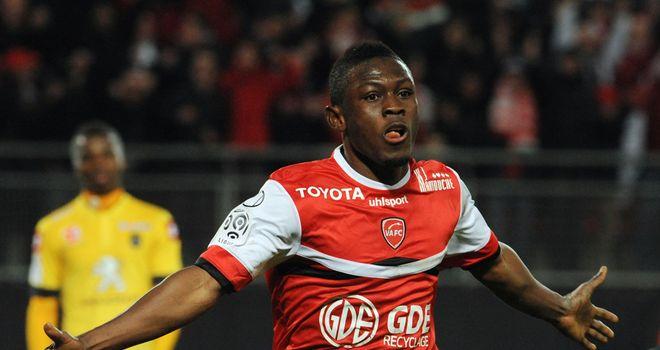 Valenciennes forward Majeed Waris celebrates