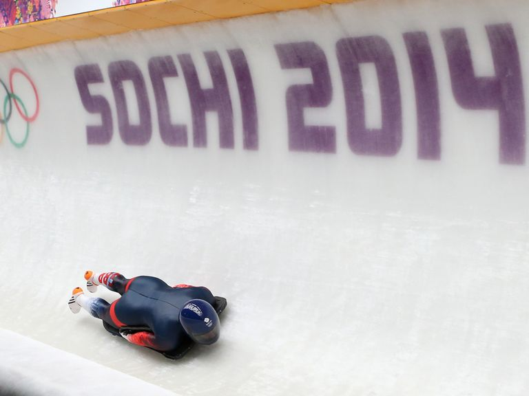 Lizzy Yarnold is impressive during her practice run