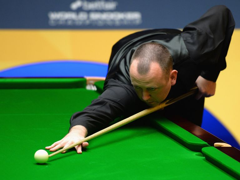 Mark Williams: Faces world No 1 Neil Robertson