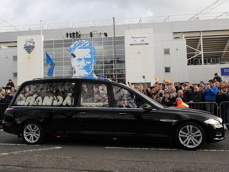 Sir Tom Finney's funeral cortege passes Deepdale