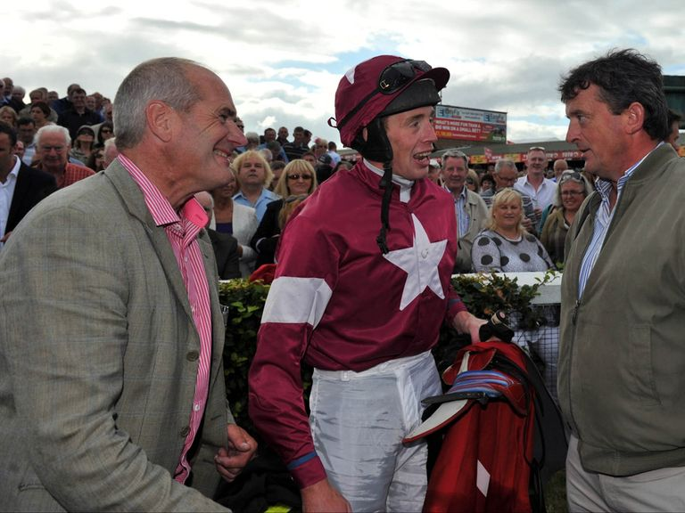 Tony Martin (l): Trains Bog Warrior