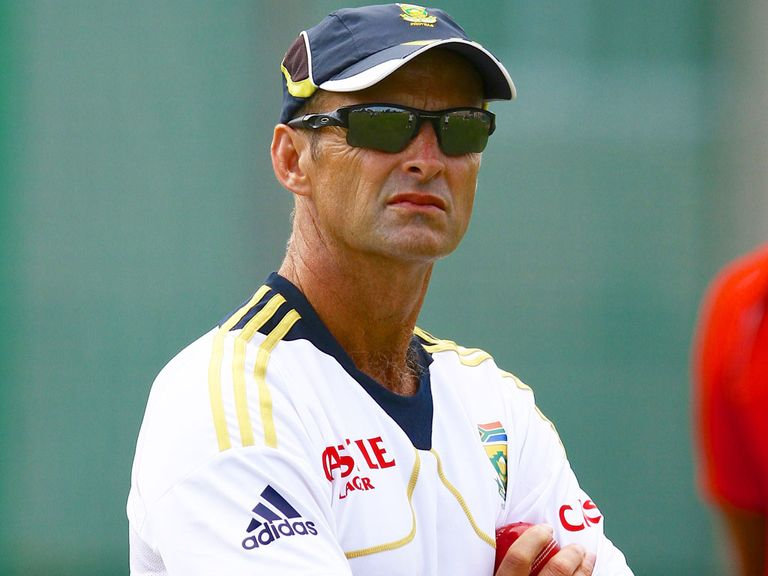 Gary Kirsten: Withdrew from the England running