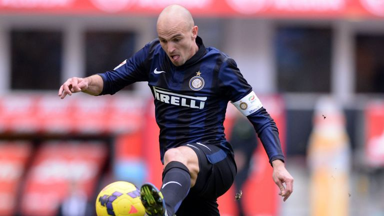 Esteban Cambiasso: Inter Milan midfielder out of contract in the summer