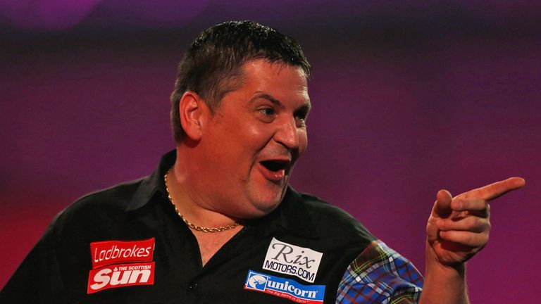 Gary Anderson: Play-off destiny is in his hands against Raymond van Barneveld