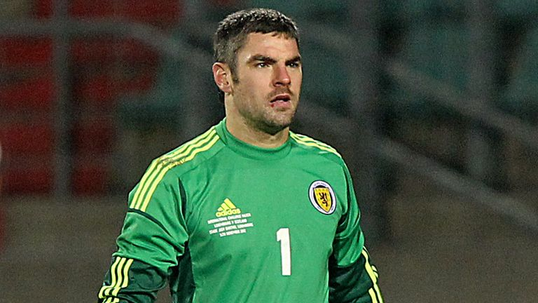 Matt Gilks: Scotland international joins Burnley