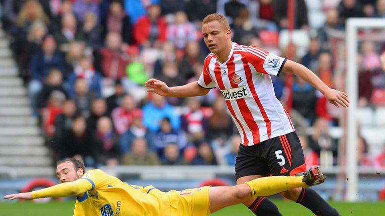 Wes Brown: Admits Sunderland must start getting the results to match performances