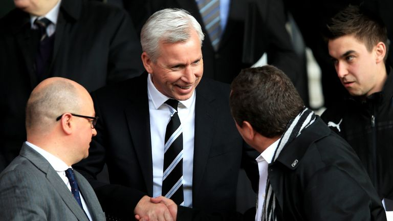 Alan Pardew: Won't be quitting role as Newcastle manager