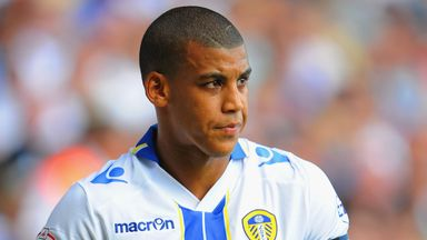 Lee Peltier: Nottingham Forest loan switch for Leeds defender