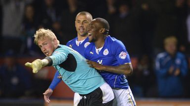 Kasper Schmeichel: Willing to discuss new deal