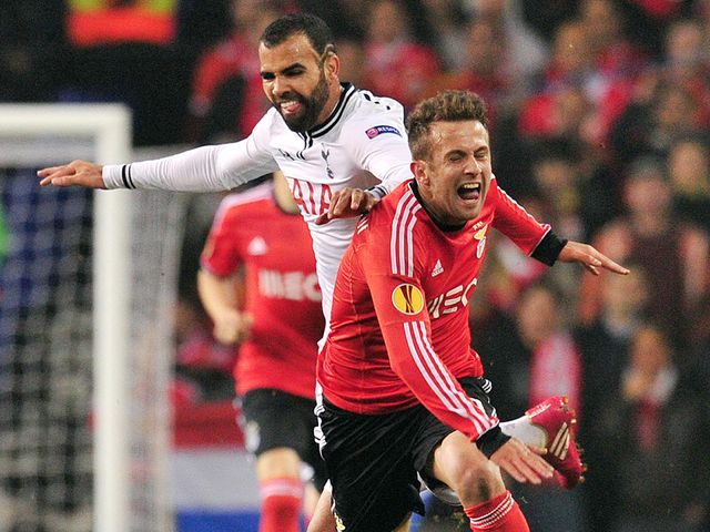 Sandro vies with Benfica's Miralem Sulejmani