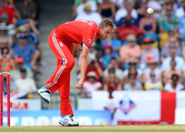 Broad: Problems with his knee
