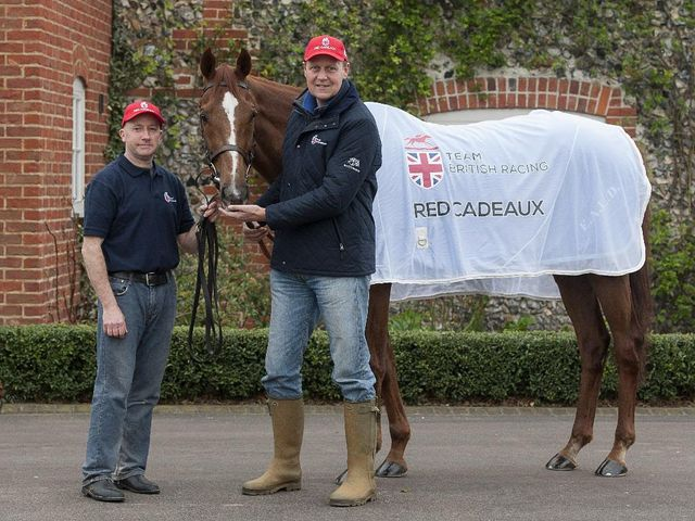Ed Dunlop's Red Cadeaux returns at Newbury