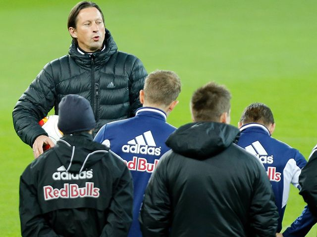 Roger Schmidt: Keeping his players' minds on the job