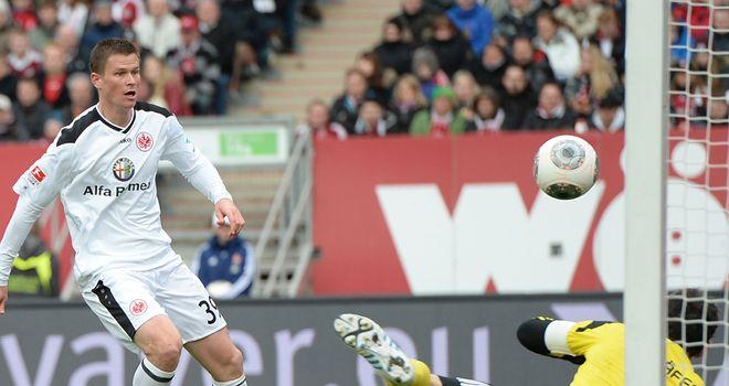 Alexander Madlung scores for Frankfurt