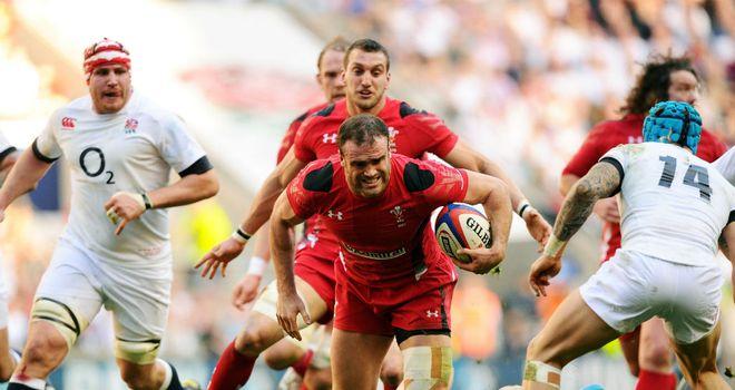 Jamie Roberts tries to kick-start Wales at Twickenham