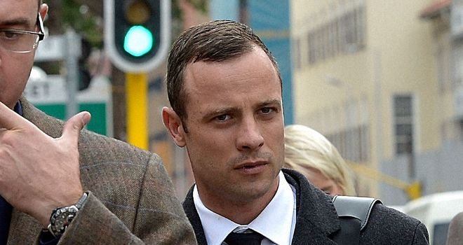 Pistorius arrives at court in Pretoria