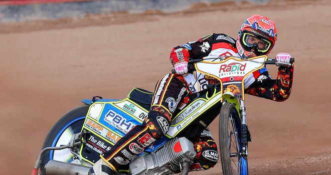 Simon Stead: Crucial win in Heat 14 (Picture credit Steve Dixon Photography)