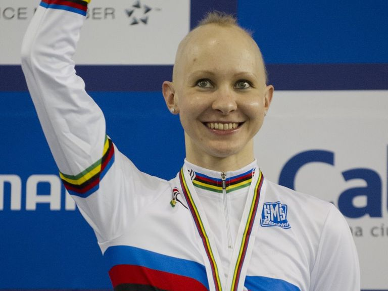 Joanna Rowsell dominated Sarah Hammer in the final