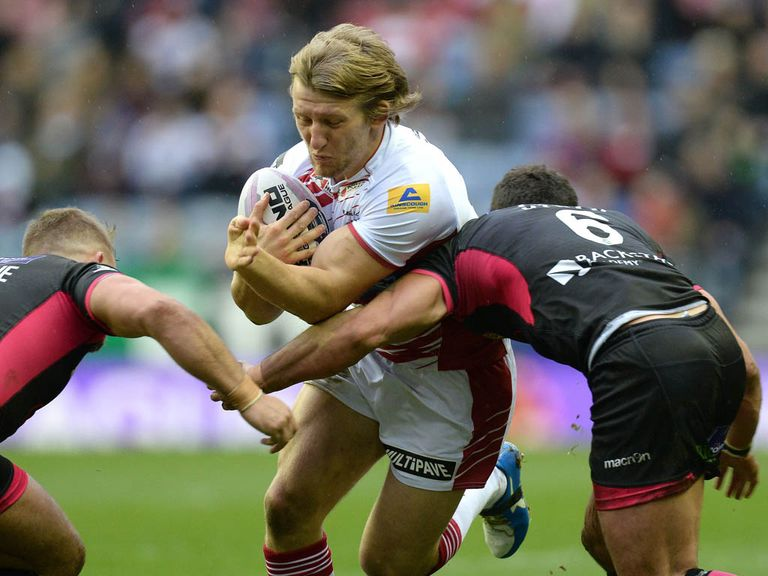 Logan Tomkins: Joins Salford on loan