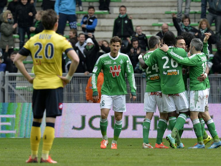 St Etienne celebrate against Sochaux