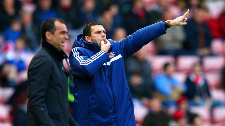 Gus Poyet: Urges his team on against Everton