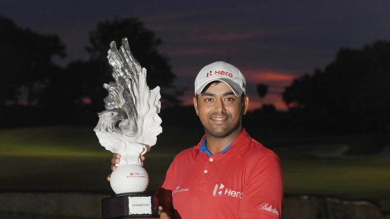 Anirban Lahiri with the trophy