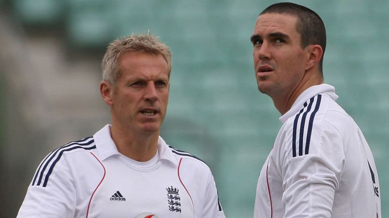 Peter Moores had a fall-out with his captain Kevin Pietersen during his first stint with England