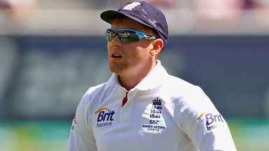 Jonny Bairstow: Yorkshire wicketkeeper out for six weeks