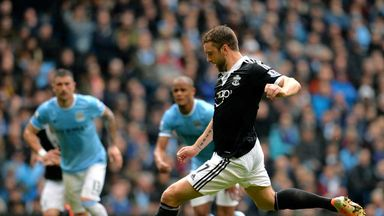 Rickie Lambert: The striker is not planning to leave Southampton
