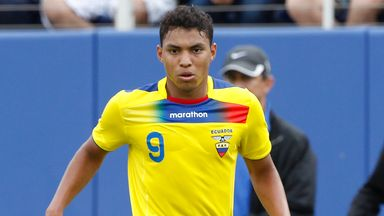 Jefferson Montero: Target for Swansea