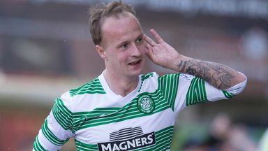 Leigh Griffiths: Remains in Celtic