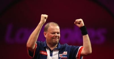 Barney edges brave Mansell out