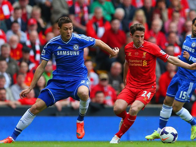 Nemanja Matic keeps tabs on Joe Allen