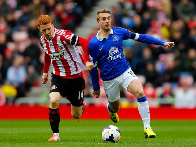 Jack Colback tries to keep up with Gerard Deulofeu