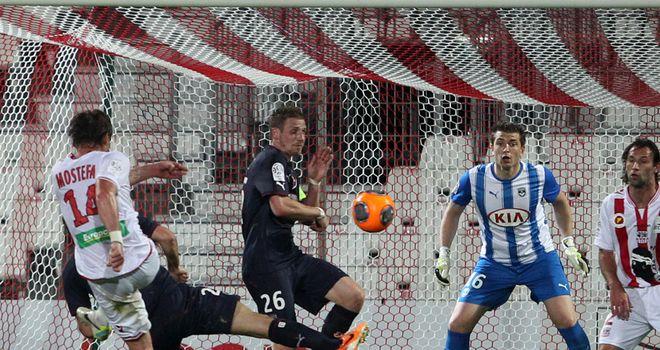 Mehdi Mostefa scores for Ajaccio