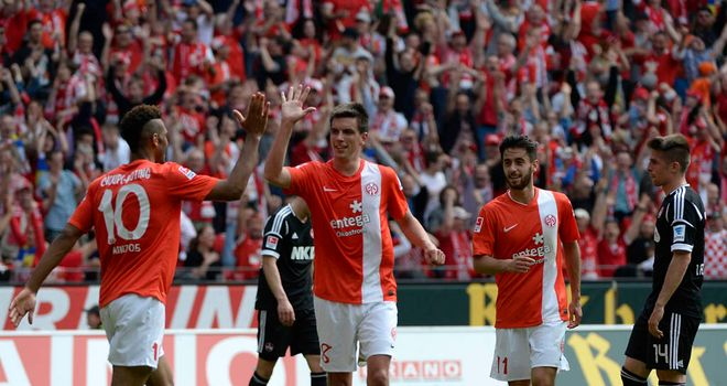 Christoph Moritz celebrates seakling victory for Mainz