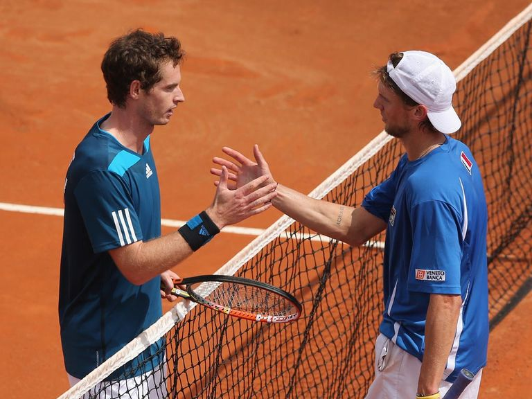 Andy Murray (l) saw off Italy's Andreas Seppi in Naples