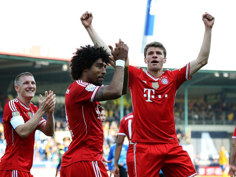 Bayern Munich players celebrate following their victory