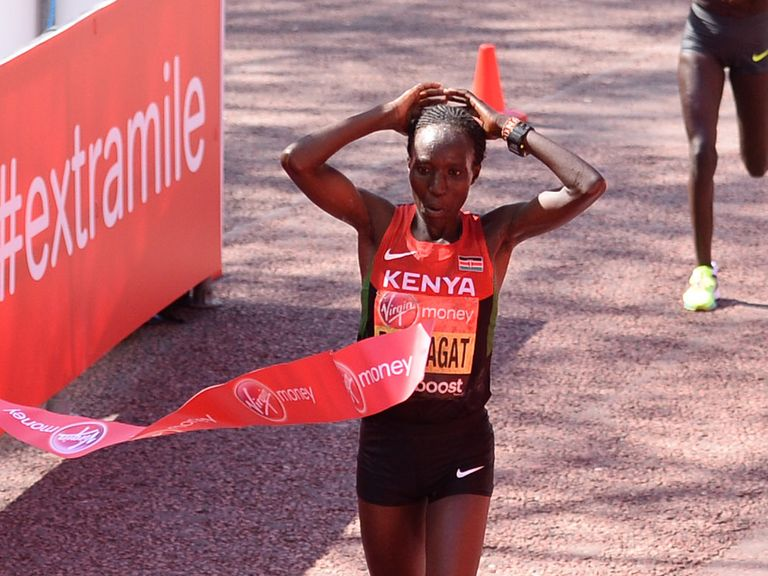 Edna Kiplagat crosses the finish line in London