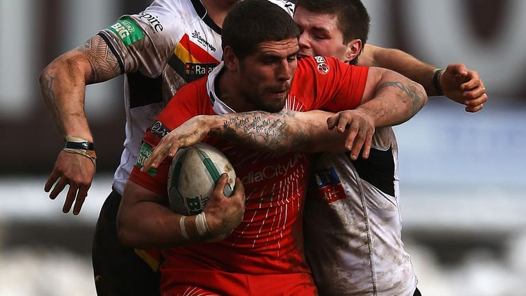 Lee Jewitt: Returns to England to play for Castleford