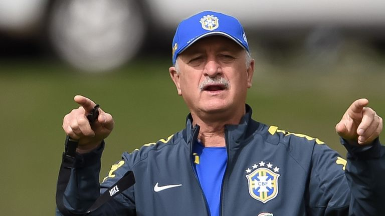 Luiz Felipe Scolari: Staying with the Brazil team despite the death of his nephew