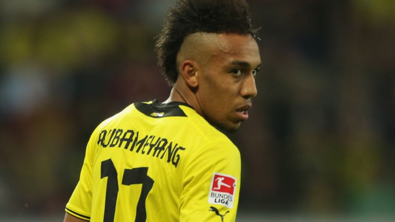 Pierre-Emerick Aubameyang: Linked with move