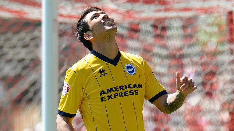 Leonardo Ulloa: Brighton accept Leicester £8m bid